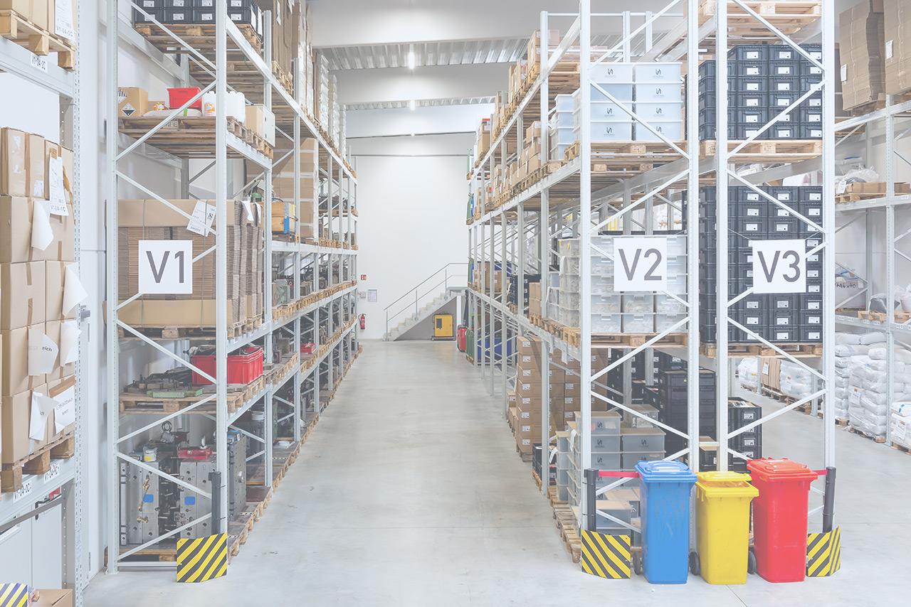 Heussinger Kunststoff Lagerhalle